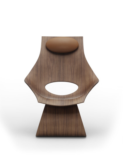 Dream_Chair_Walnut-front